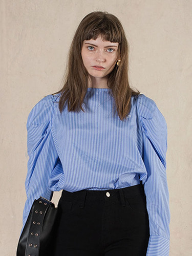 BOAT NECK PUFF BLOUSE