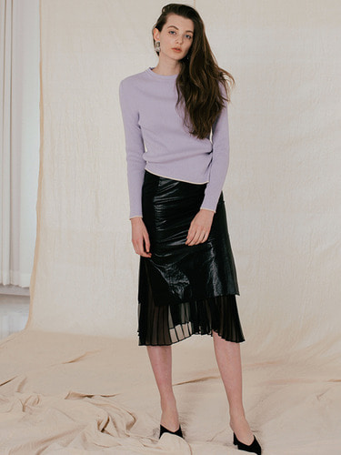SLIT PLEATS SKIRT