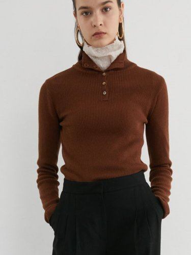 BUTTON POLO NECK KNIT
